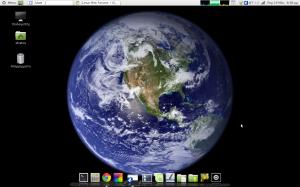 My LMDE desktop