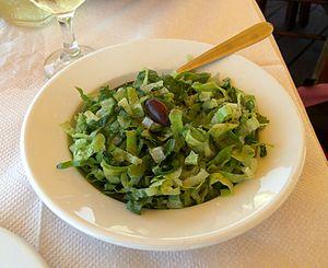 English: Greek salad: Marouli
